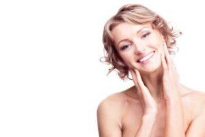 smiling-female-hands-on-neck